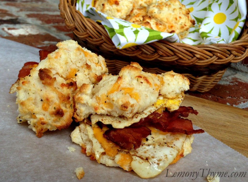Bacon, Egg, & Cheddar Cheese Biscuits {Sundays with Shelby}