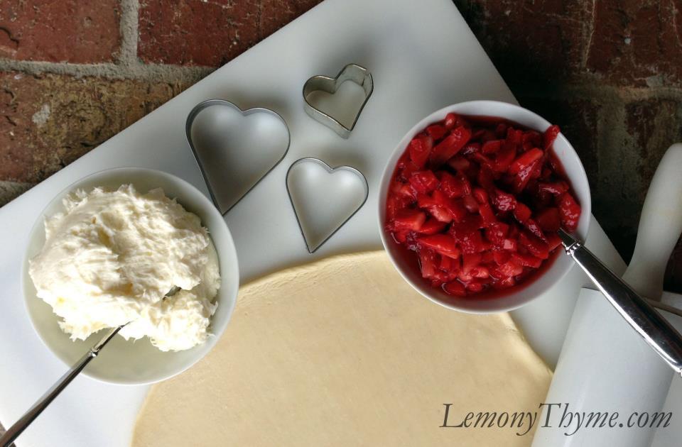 Strawberry Cream Cheese Tarts {Happy Valentines Day} Lemony Thyme