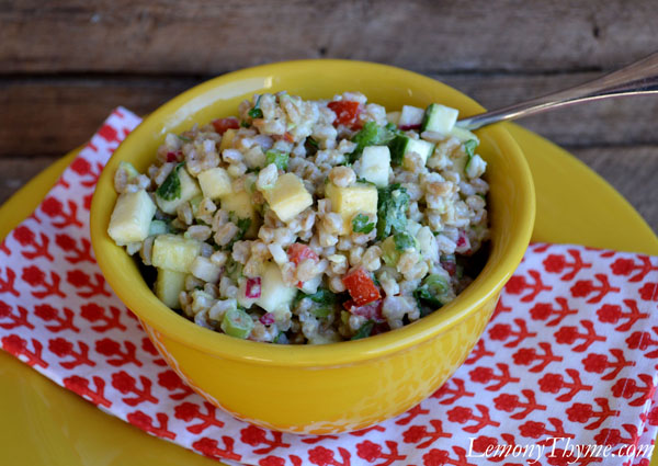 Avocado, Cilantro & Lime Farro Salad {with Fresh Veggies}1